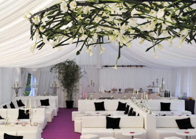 White_Theme_Decoration_Luxury_Lounge