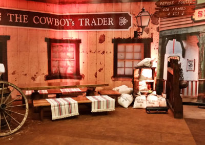 Western_Theme_Decoration_Luxury_Bank