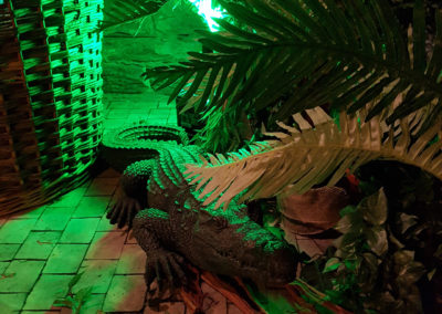 Jungle_Theme_Decoration_Luxury_Crocodile