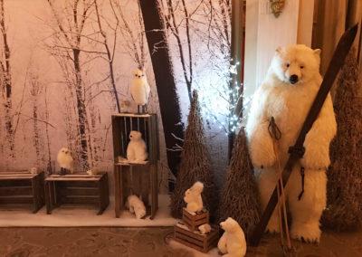 Winter_Theme_Decoration_Luxury_Decors