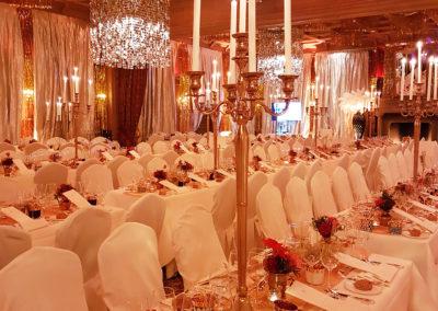 Gold_Theme_Decoration_Luxury_Chandelier