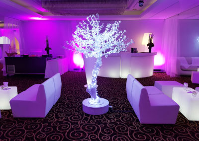White_Theme_Decoration_Luxury_Arbre