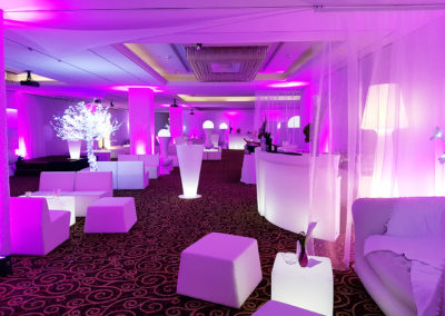 White_Theme_Decoration_Luxury_Movenpick