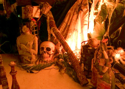 Event_Halloween_Decoration_Cave