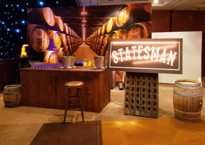 Event_Kingsman_Decoration_Bar
