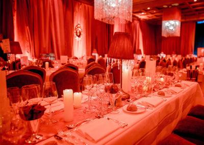 Event_MoulinRouge_Decoration_Table
